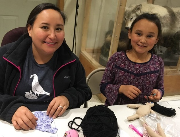 AAEC Board member teaches doll-making workshop in Igiugig